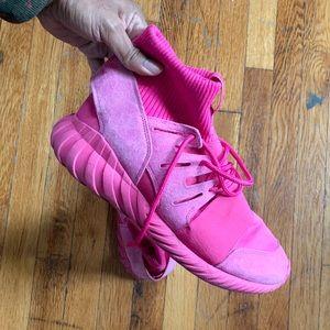 Adidas Tubular Doom in Pink